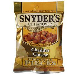 Snack-Trocitos-Queso-Cheddar-SNYDERS-566-g