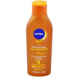 Locion-bronceador-NIVEA-con-zanahoria-200-ml