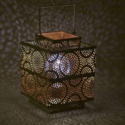 Farol-cuadrado-15x15x20-cm-luces-led-a-pila