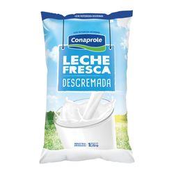 Leche-fresca-descremada-CONAPROLE-sc.-1-L