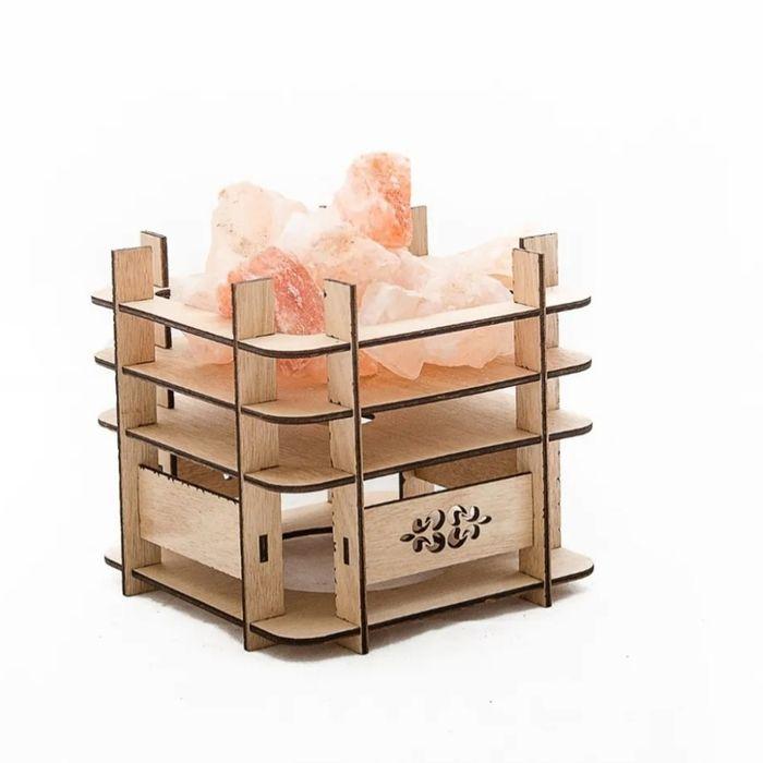 Lampara-de-sal-con-base-en-madera-11x11x10-cm