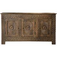 Aparador-tallado-en-madera-maciza-3-puertas-natural
