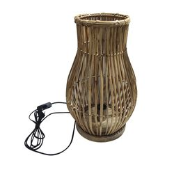 Lampara-para-mesa-en-rattan-color-natural-26-cm
