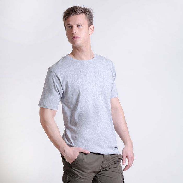 Camiseta-manga-corta-escote-redondo-lisa